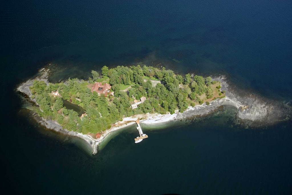 087-Aerial Island View